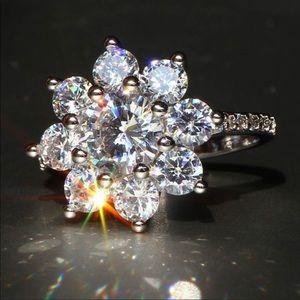 Jewelry - Sz 8 925 SS & White Sapphire Ring NWT NEW ITEM